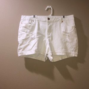 TIME AND TRU• White Shorts
